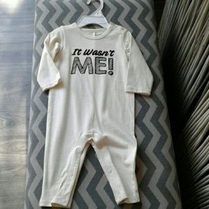 Baby outfit 3-6 mths Cream 'It Wasn't Me!' One Pc3